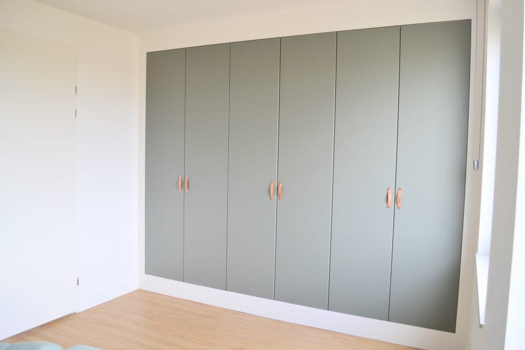 Inbouwkast met deuren type Reinsvoll