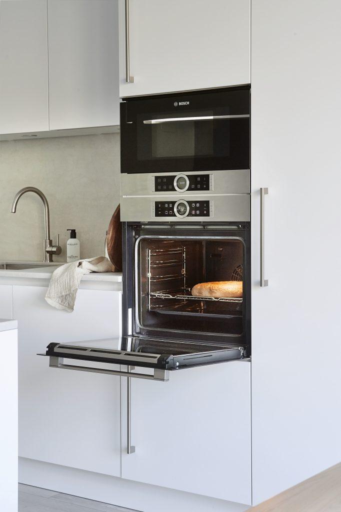 Keuken inspiratie. Oven en magentron van Bosch.