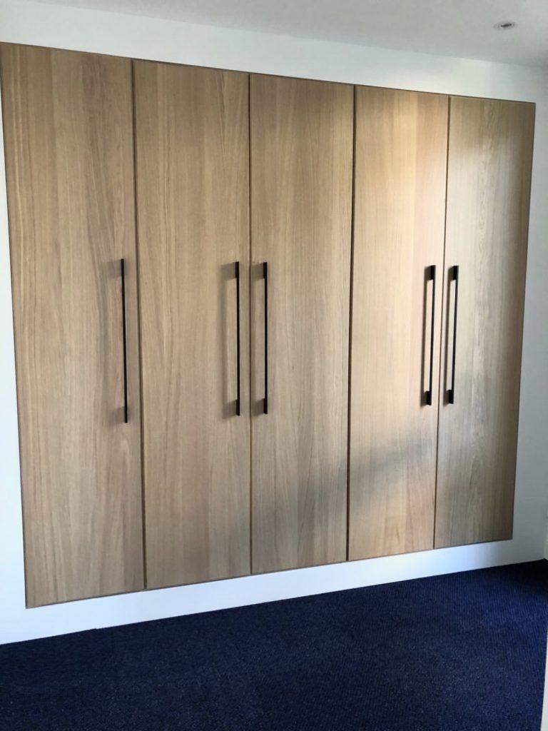 luxe inbouwkast met kasten van Ikea